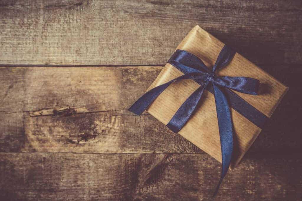 Regali Di Natale Sotto 10 Euro.12 Idee Regalo Di Natale Sotto Ai 10 Euro Che Faranno Felici Chi Le