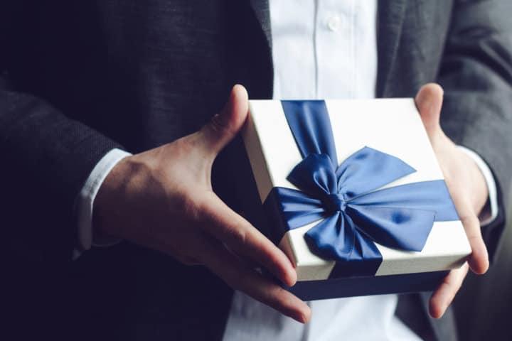 Regali Di Natale Maschili.Regali Natale Uomo I Migliori Regali Di Natale Per Uomo Da 20 A 60 Anni