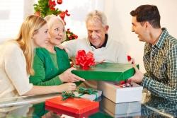 Regali di natale per i genitori: le idee perfette per le persone che ami di piu'