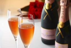 Regalo Anniversario Matrimonio per Lui: 8 Idee Regalo che Renderanno Felice il Marito
