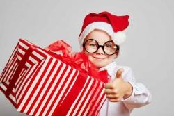 Regali di Natale divertenti: 15 regali sotto i 30€ che fanno morire dal ridere