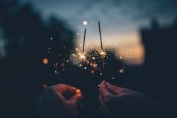 Regali per capodanno: come iniziare il nuovo anno pensando agli altri