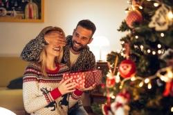 Regali di Natale per Lei: 20+ Idee regalo di Natale perfette per la donna della tua vita