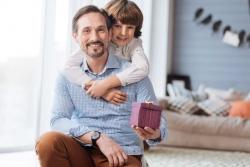 Cosa regalare a papà a Natale per far felice l'uomo più importante della tua vita