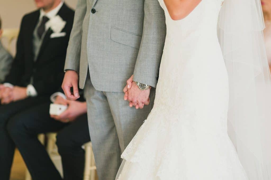 Regalo Per Anniversario Matrimonio Amici.Idee Regalo Matrimonio Amici 11 Regali Per I Tuoi Amici Che
